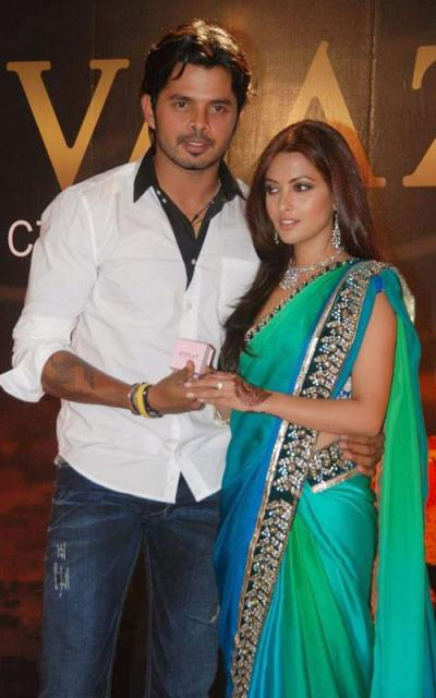 Sreesanth & Riya Sen Hot Photos