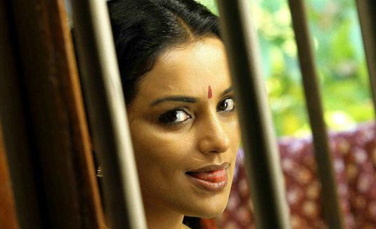 swetha menon hot in rathinirvedam remake