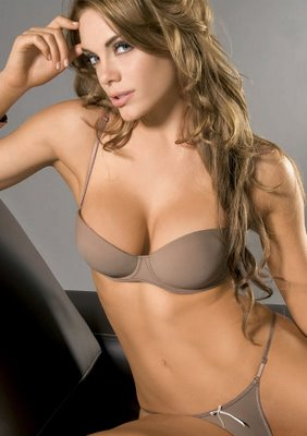 Sexy and hot hollywood actress